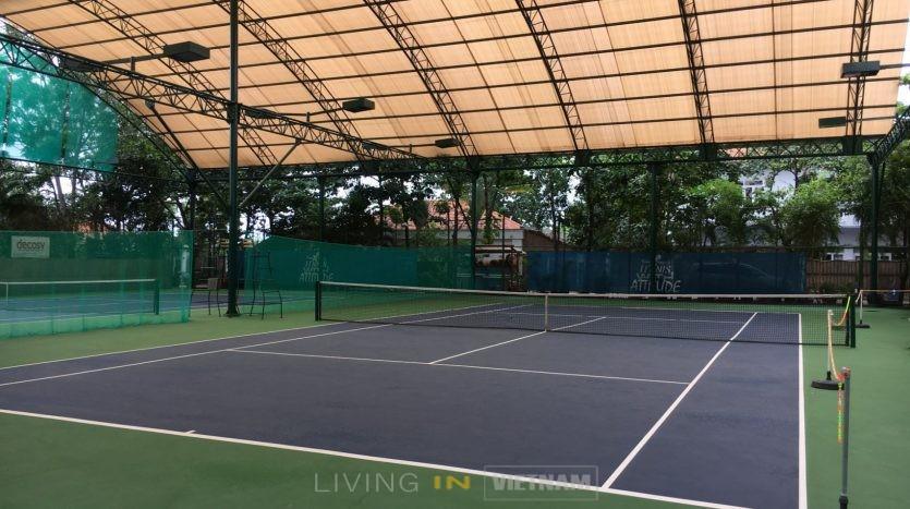 An Phu compound Tennis court