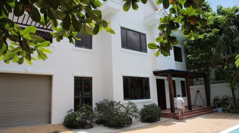 Villa for rent in Saigon