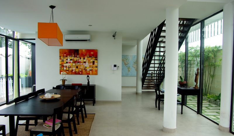 architect house with lap pool in district 2 Ho CHi Minh City for rent