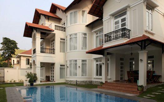 Maison à louer avec piscine à Saigon