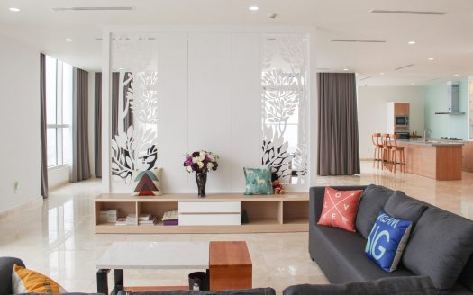 Rent a luxury penthouse in Saigon District 2