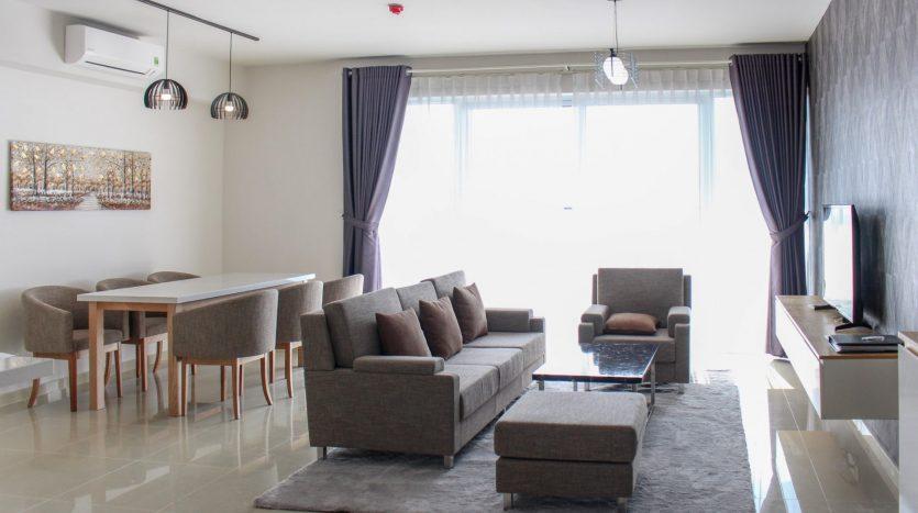 High floor apartment with balcony at Vista Verde Saigon