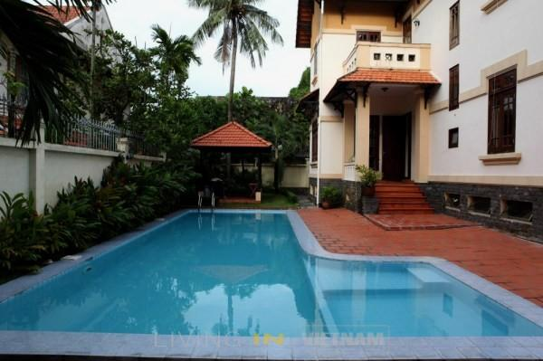 Contemporary style villa for rent with private pool in Thao Dien, district 2 HCMC