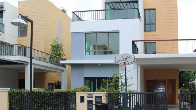 Villa Riviera compound - Houses for rent in District 2 HCMC