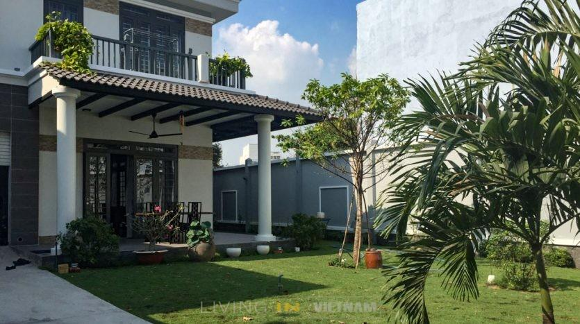 Modern house in Thao Dien for rent