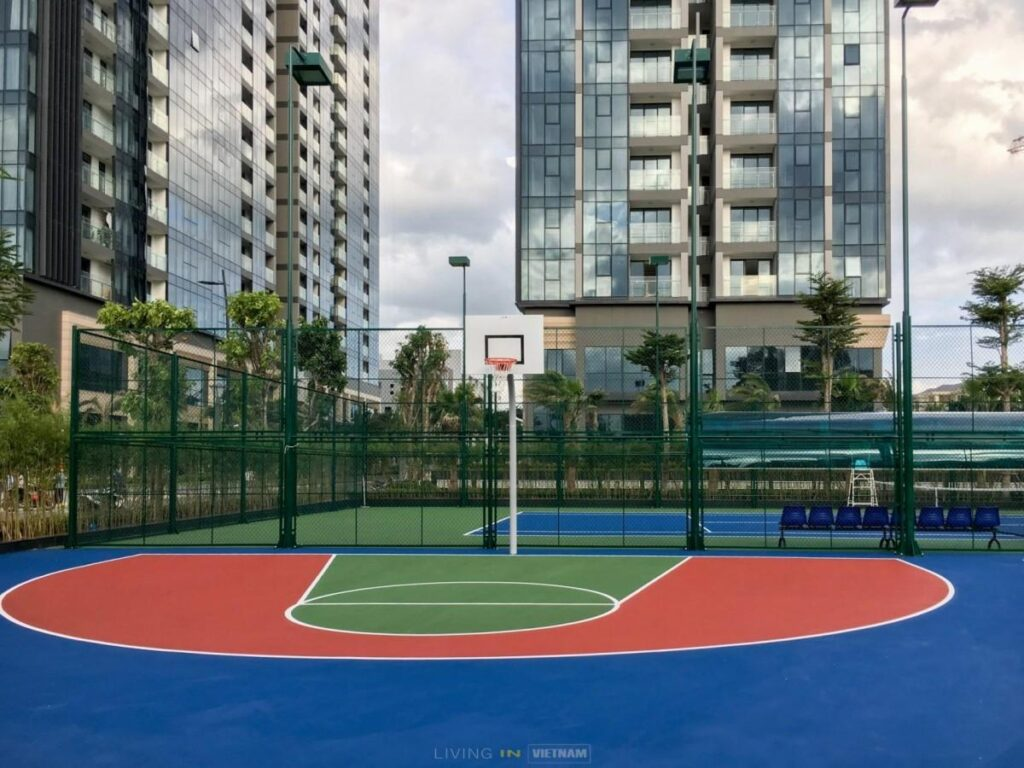 Vinhomes Golden River - Basket ball court