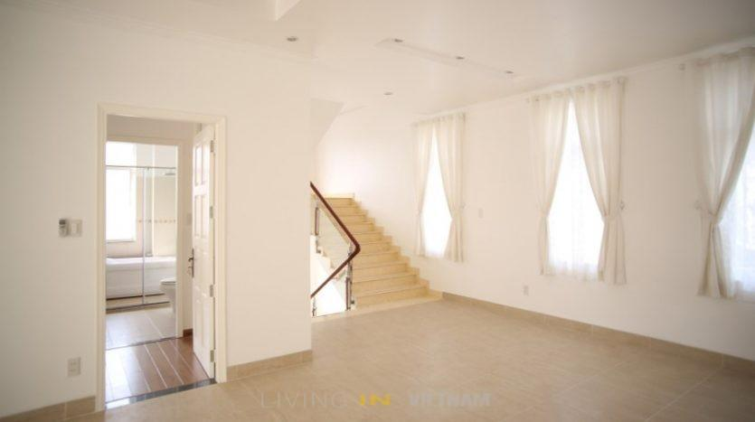 Villa for rent in Thao Dien: Family room