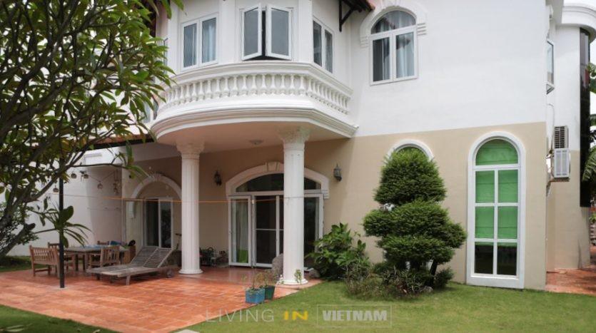 villa in district 2