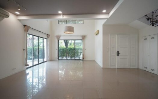 ID: 1164 | Villa Riviera | 5-Bedroom unfurnished house for rent 3