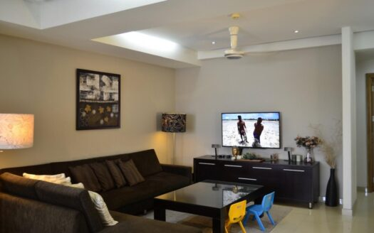 Large apartment at River Garden for rent