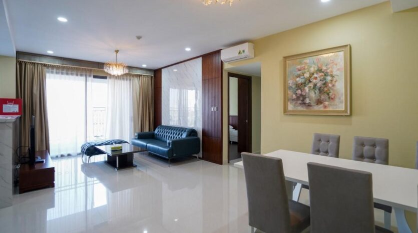 Saigon Royal apartment -3 bedrooms