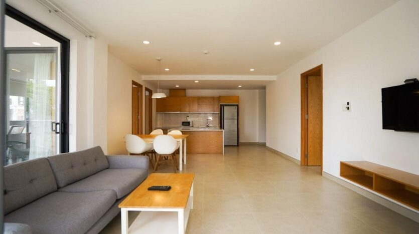 Bright 3 bedroom apartment (Unfurnished) in HCMC