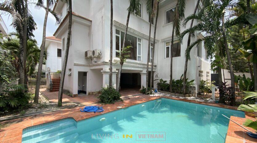 villa in Phu Nhuan compound