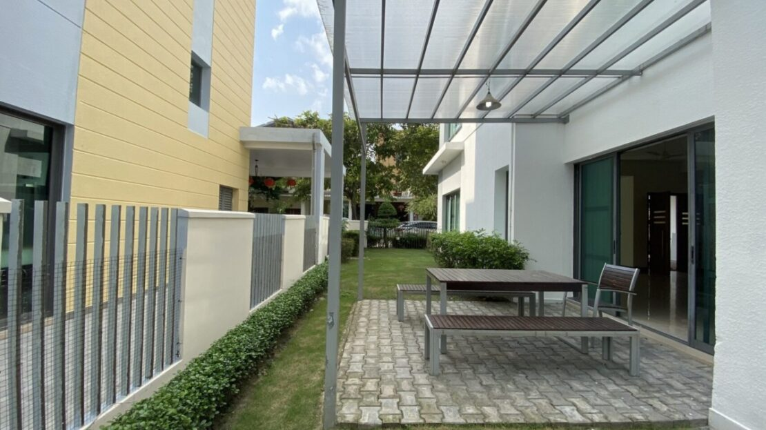 An Phu villa compound