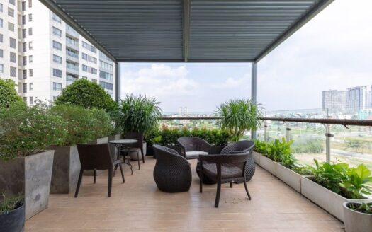 Apartment with terrace in HCMC